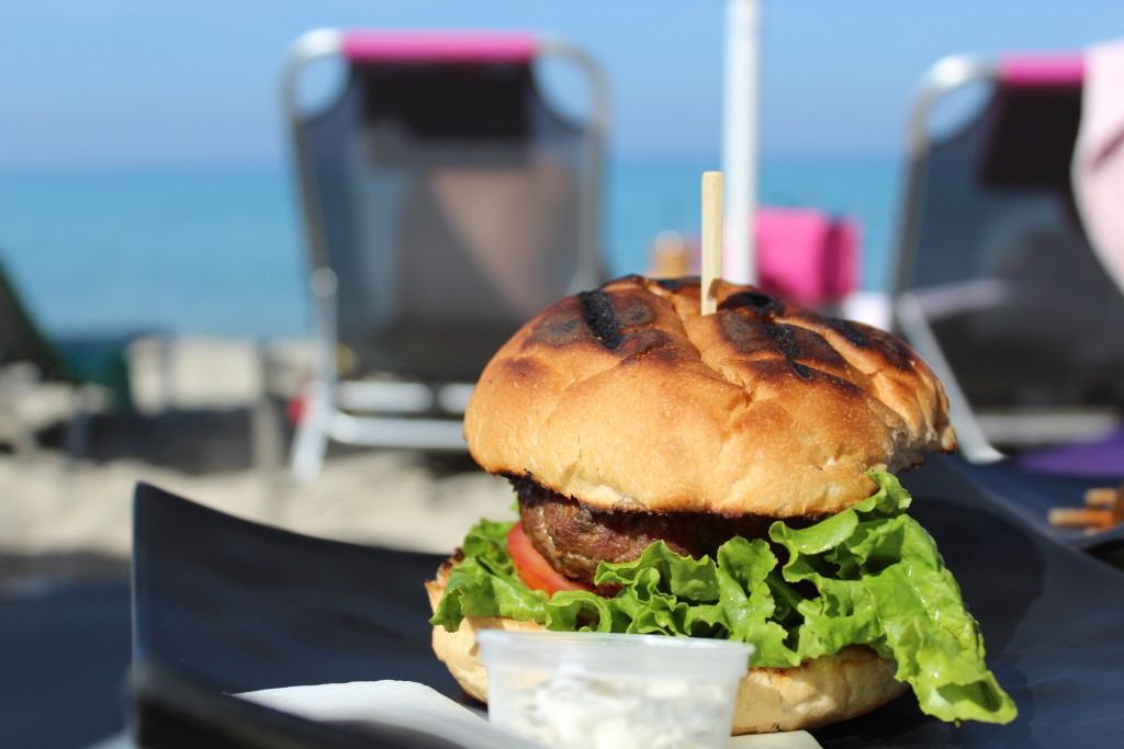 Pefkohori Chalkidki yalla beach bar